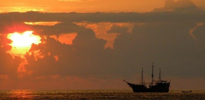 Pirate Ship Show in Cancun